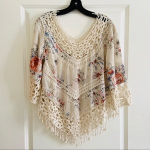 Lapis Cream Floral Print lace ponch style Top S